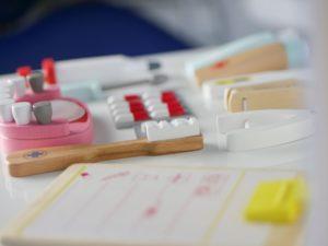 Kinderspielzeug in Behandlungsraum